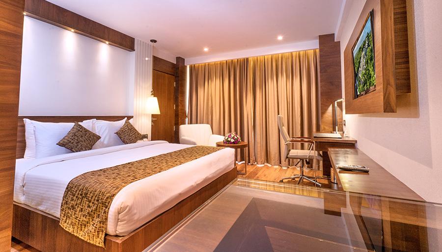 Deluxe Room in Coral Isle Hotel Kochi