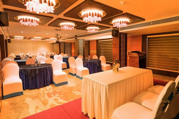 Coral Isle Hotel with Banquet Hall Ernakulam